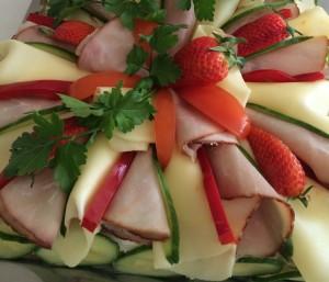 Smörgåstårta skinka och ananas
